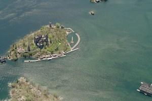 oblique-alex-bay-castle