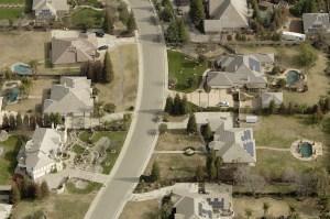 oblique-neighborhood-roofing-solar