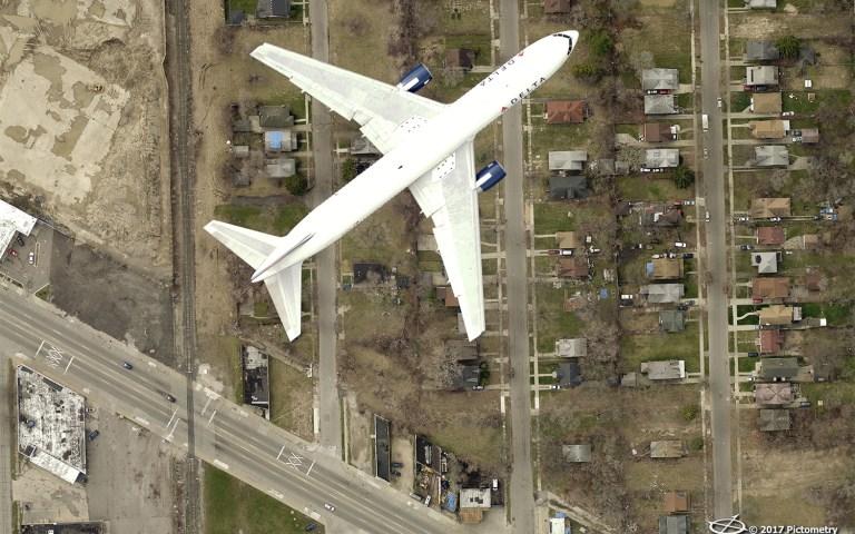 plane over detroit
